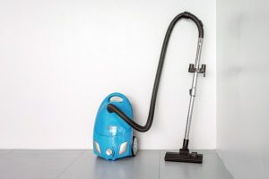 How many types of digital vacuum cleaners are available in the market?